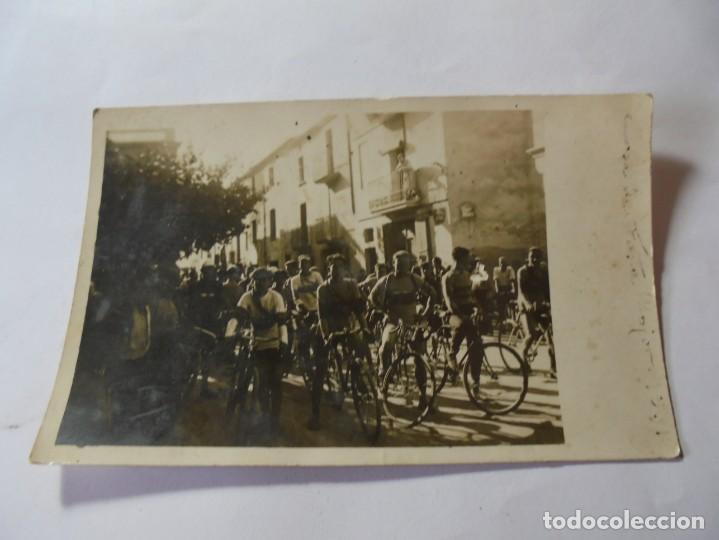 Postales: magnifica antigua fotos tarjeta postal fiesta mayor de esparraguera ciclistas fechada 1931 - Foto 5 - 266885654