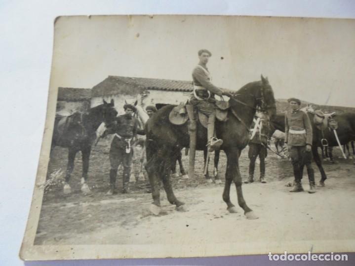 Postales: magnifica antigua fotos tarjeta postal militares alrededores de esparraguera 1930 - Foto 3 - 266885769