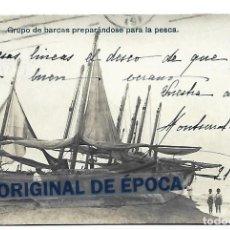 Postais: (PS-65495)POSTAL FOTOGRAFICA DE CALELLA-GRUPO DE BARCAS PREPARANDOSE PARA LA PESCA. Lote 268128284