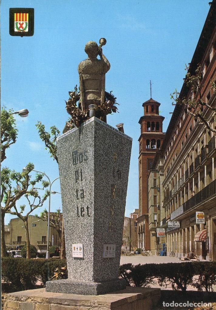 M04059 HOSPITALET DE LLOBREGAT PLAZA AYUNTAMIENTO MONUMENTO A LA SARDANA 1970 ESCUDO DE ORO Nº5799 (Postales - España - Cataluña Moderna (desde 1940))