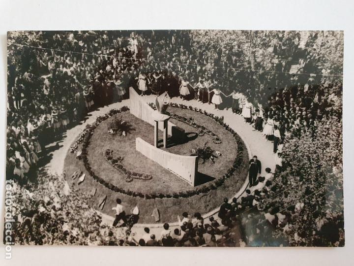 MANRESA - MONUMENT A LA SARDANA - PLAÇA COTS 1963 - LAXC - P52030 (Postales - España - Cataluña Moderna (desde 1940))