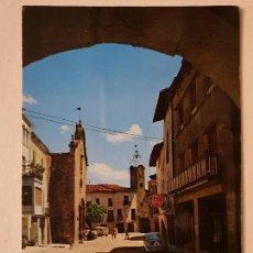 Cartes Postales: SANAÜJA - VISTA PARCIAL DE LA PLAÇA MAJOR - SEAT 600 - LAXC - P62629. Lote 285461318