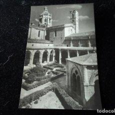 Postales: MONASTERIO DE SANTAS CREUS - Nº 14 - ANGULO DEL CLAUSTRO , FOT. RAYMOND. Lote 288661718