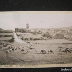 Postales: PRADES-VISTA GENERAL-FOTO PEGADA-ARCHIVO ROISIN-FOTOGRAFICA-POSTAL PROTOTIPO-(84.138). Lote 289353998