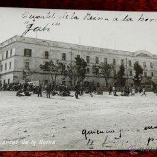 Postales: FOTO POSTAL DE CEUTA, CUARTEL DE LA REINA, NO CIRCULADA, ESCRITA EN 1916.. Lote 44183775