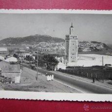 Cartes Postales: CEUTA - UNA VISTA DE LA HERMOSA CIUDAD ESPAÑOLA DE AFRICA. CIRCULADA 1950.. Lote 48419282
