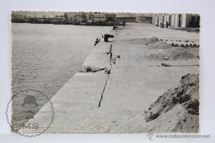 POSTAL FOTOGRÁFICA - CEUTA. VISTA DEL MUELLE / PUERTO - FOTOS FULGUERTS - SIN CIRCULAR (Postales - España - Ceuta Moderna (desde 1940))