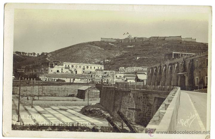 PS5138 CEUTA 'VISTA PARCIAL DE CEUTA AL FONDO EL HACHO'. FOTOGRÁFICA. ESCRITA AL DORSO (Postales - España - Ceuta Antigua (hasta 1939))