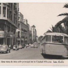 Postales: (ALB-TC-2) POSTAL CEUTA UNA VISTA CALLE PRINCIPAL CIUDAD AFRICANA FOTO RUBIO ESCRITA. Lote 60424475