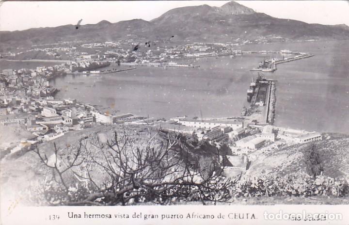 CEUTA UNA HERMOSA VISTA DEL GRAN PUERTO AFRICANO DE CEUTA POSTAL 139 DE FOTO RUBIO. VER REVERSO. (Postales - España - Ceuta Moderna (desde 1940))