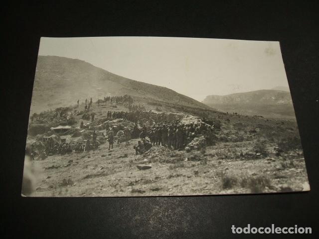 CEUTA GUERRA DEL RIF POSTAL FOTOGRAFICA SOLDADOS EN FRENTE CON TRINCHERA SACOS ANGEL RUBIO FOTOGRAFO (Postales - España - Ceuta Antigua (hasta 1939))