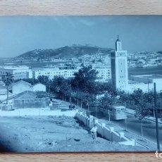 Postales: POSTAL ANTIGUA ITSMO DE CEUTA ENTRE LAS AGUAS DEL MEDITERRANEO Y EL ESTRECHO CIRCULADA 1961. Lote 121038991