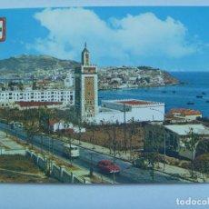 Postales: POSTAL DE CEUTA : VISTA PARCIAL . MEZQUITA , COCHES DE EPOCA, AÑOS 60. Lote 127459783