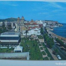 Postales: POSTAL DE CEUTA : CALLE INDEPENDENCIA Y PLAYA DE LA RIBERA . COCHES DE EPOCA, AÑOS 60. Lote 127832775