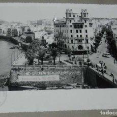 Postales: ANTIGUA FOTOGRAFIA DE CEUTA 1938, MIDE 23 X 18 CMS. FOTO ROS, PEGADA A CARTULINA. Lote 150815610