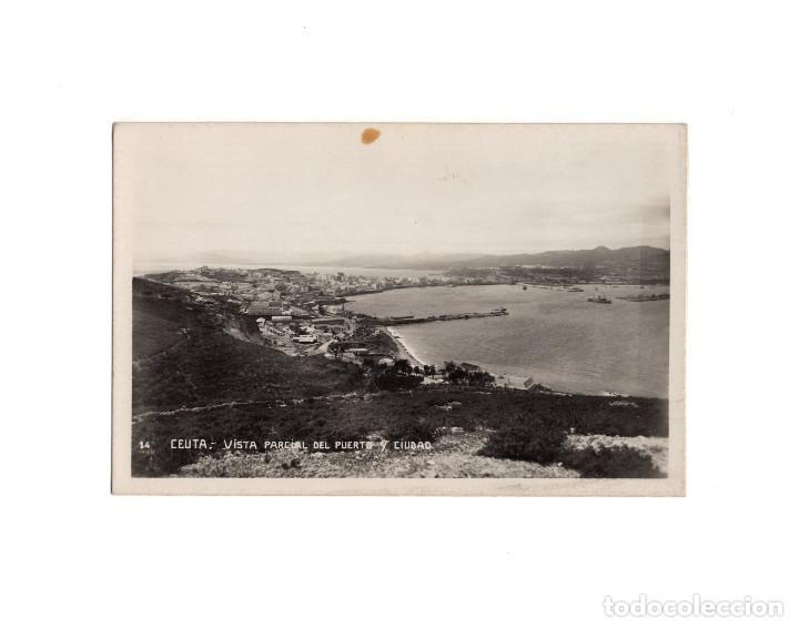 CEUTA.- VISTA PARCIAL DEL PUERTO Y CIUDAD. POSTAL FOTOGRÁFICA (Postkarten - Spanien - Altes Ceuta (bis 1939))