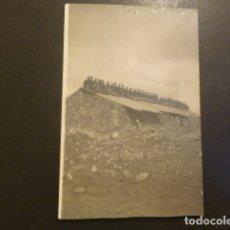 Postales: CEUTA POSTAL FOTOGRAFICA LEGIONARIOS HACIA 1920. Lote 182168910