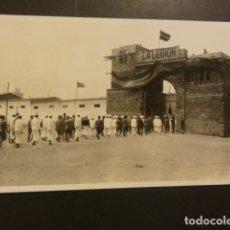 Cartes Postales: RIFFIEN CEUTA CUARTEL DE LA LEGION POSTAL FOTOGRAFICA LEGIONARIOS Y MARINEROS EN COLUMNA 1926. Lote 182168975