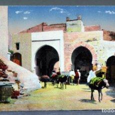 Postales: POSTAL DIBUJADA TETUÁN INTERIOR DE LA PUERTA DE CEUTA ESCRITA 1910. Lote 193714297