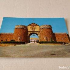 Cartes Postales: POSTAL CEUTA - FACHADA DEL CUARTEL DE REGULARES DE CEUTA. Lote 196627648