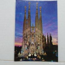 Postales: BARCELONA, TEMPLO DE LA SAGRADA FAMILIA Nº 66 FABREGAT, VISTA NOCTURNA. Lote 210559543