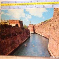 Cartes Postales: POSTAL DE CEUTA AÑO 1967. FOSO MURALLAS. PUBLICIDAD BAZAR ALVAREZ. FERIA SEVILLA 1970. 2406. Lote 215674908