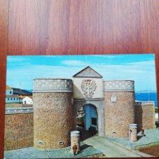 Postales: POSTAL CEUTA. CUARTEL DE REGULARES, ENTRADA.. Lote 221761940