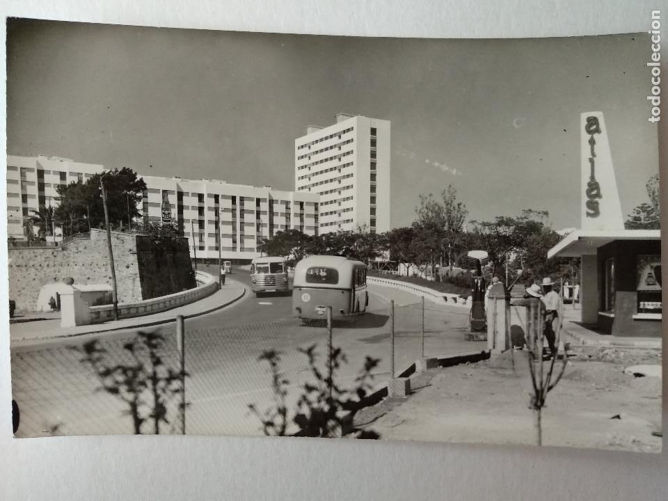 CEUTA. FOTO CASA RUBIO. GASOLINERA ATLAS, AUTOBUSES.. (Postales - España - Ceuta Moderna (desde 1940))