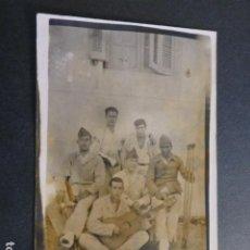 Cartes Postales: CEUTA MILITARES ARTILLERÍA HACIA 1920 POSTAL FOTOGRAFICA. Lote 248485390