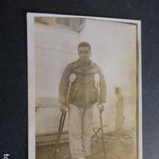 Cartes Postales: CEUTA MILITAR ARTILLERÍA HERIDO HACIA 1920 POSTAL FOTOGRAFICA. Lote 248485890