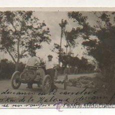 Postales: CUBA. AUTOMOVIL, COCHE. UN DESCANSO EN LA CARRETERA A 60 KM DE LA HABANA. (FOTOGRAFICA) . Lote 27650137