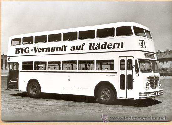 POST 587 - AUTOBUS SERIE 2 - BUSSING D 2 U BAUJAHR 1954 (Postales - Postales Temáticas - Coches y Automóviles)