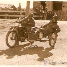 Postales: POSTAL FOTOGRAFICA CARRERA SIDECARS CIRCUITO LEVANTE 1925. Lote 34405376