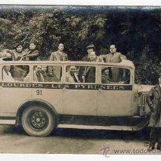 Postales: ANTIGUA POSTAL AUTOBÚS DE LÍNEA LOURDES-PIRINEOS. AÑOS 1930S. Lote 43763195