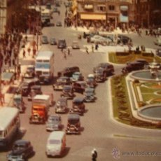 Postales: ANTIGUA POSTAL ORIGINAL AÑO 1964. COCHE COCHES MADRID PUERTA SOL. Lote 50412877
