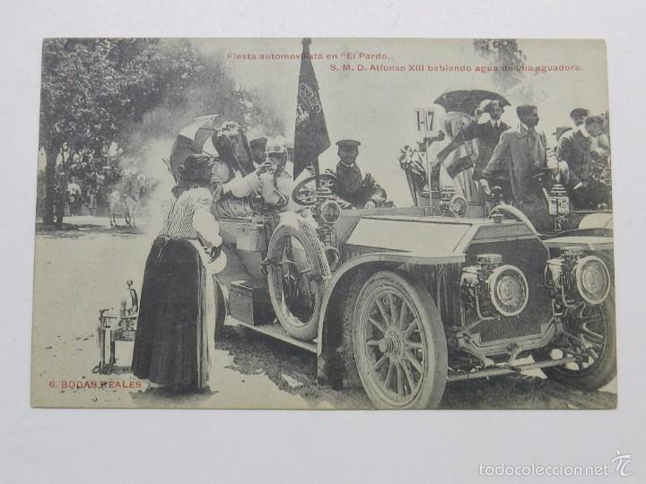 ANTIGUA POSTAL DE BODAS REALES N.6 - FIESTA AUTOMOVILISTA EN EL PARDO - S.M. DON ALFONSO XIII BEBIEN (Postales - Postales Temáticas - Coches y Automóviles)