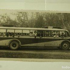 Postales: FOTO ANTIGUA BUS A MADRID. Lote 71650423