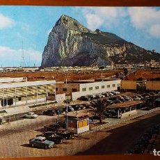 Postales: EL PEÑON DE GIBRALTAR. POSTAL Nº 17 GARCIA GARRABELLA Y CÍA. (COCHES ANTIGUOS APARCADOS). Lote 83693552