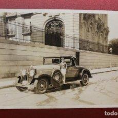 Cartes Postales: FOTOGRAFÍA AUTOMÓVIL LA SALLE, MATRÍCULA MADRID, C/ MANUEL GONZÁLEZ LONGORIA, 1928-29, 11,30X8,30 CM. Lote 95431331