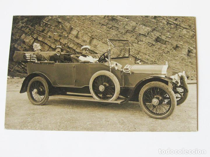 ANTIGUA POSTAL FOTOGRÁFICA DE UN AUTOMOVIL DE MARCA WOLSELEY (Postales - Postales Temáticas - Coches y Automóviles)