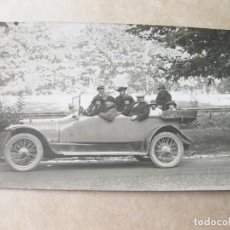 Postales: FOTOGRAFIA POSTAL DE UN AUTOMOVIL ANTIGUO DE MARCA DESCONOCIDA. Lote 105241323
