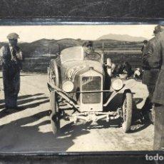 Postales: TARJETA POSTAL FOTOGRAFIA COCHE EN CARRERAS. Lote 116148983