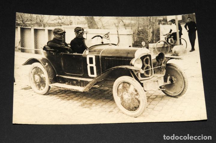 TARJETA POSTAL FOTOGRAFIA COCHES EN CARRERAS (Postales - Postales Temáticas - Coches y Automóviles)
