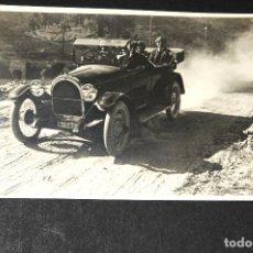 Postales: TARJETA POSTAL FOTOGRAFIA COCHES EN CARRERAS. Lote 116518091