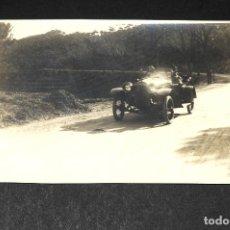 Postales: TARJETA POSTAL FOTOGRAFIA COCHES EN CARRERAS. Lote 116899211