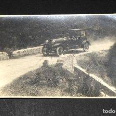 Postales: TARJETA POSTAL FOTOGRAFIA COCHES EN CARRERAS. Lote 117423691