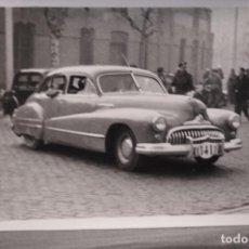 Postales: TARJETA POSTAL FOTOGRAFIA COCHES Y MOTOS EN CARRERAS. Lote 125869643