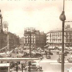 Postales: 48 MADRID PUERTA DEL SOL H.A.E. CIRCULADA EN 1953. Lote 128151195