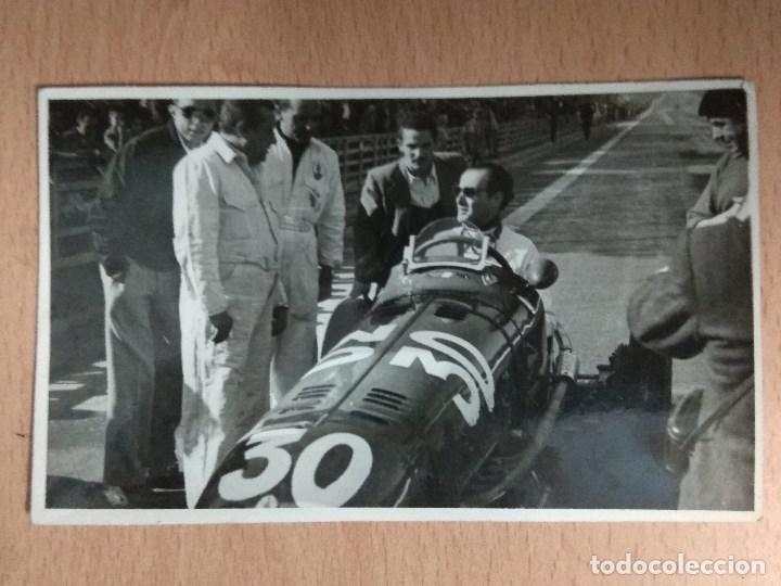 Postales: LOTE DE 4 FOTOS DE CARRERAS DE COCHES - Foto 3 - 132171366