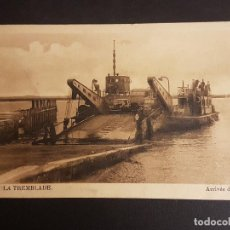 Postales: BARCO TRANSPORTA AUTOMOVILES POSTAL. Lote 140602370